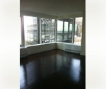 Financial District ~ Huge Studio/Home Office ~ Top-of-the-line Appliances ~ NYC Health and Racquet Club Membership!
